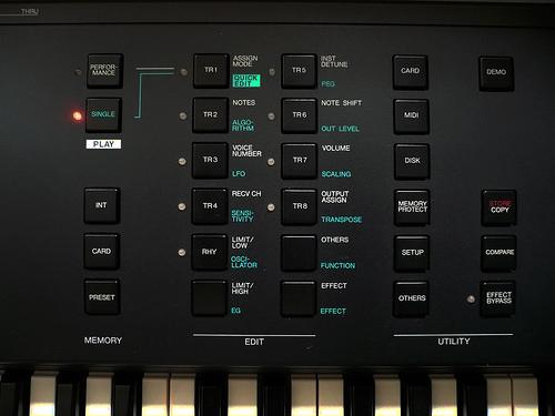Yamaha V50 synth/workstation - synthstudiodevries com